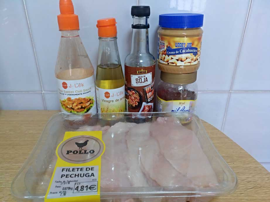 thai chicken pasta ingredients